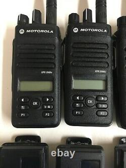 (6) Motorola MOTOTRBO XPR3500e UHF AAH02RDH9VA1AN Two Way Radios w Chargers