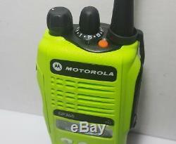 MOTOROLA GP360 UHF 403-470 MHz 255CH 4W Professional Radio MDH25RDF9AN5AE HT1250