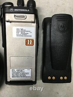 MOTOROLA HT750 LOW BAND 35-50MHz 16ch 6W TWO WAY PORTABLE RADIO AAH25CEC9AA3AN