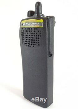 MOTOROLA XTS1500 VHF 136-174 MHz Police Fire EMS P25 Digital Radio H66KDC9PW5BN