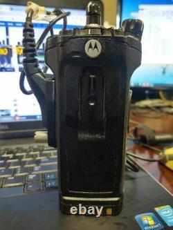 Motorola APX 6000 UHF P25 Top Display