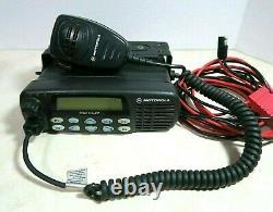 Motorola CDM1550 LS+ UHF Radio 450-512 MHz AAM25SKF9DP5AN Microphone & Bracket