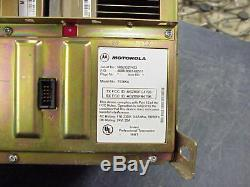 Motorola Quantar UHF 100 Watt Repeater 440-470MHZ Mhz Range 2