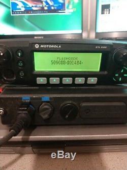 Motorola XTL2500 700 / 800mhz P25 Digital Mobile Radio Remote mount M21URM9PW1AN