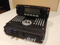 Motorola XTL2500 P25 Digital UHF Radio M21QSM9PW1AN Remote Mount + M5 CONTROL