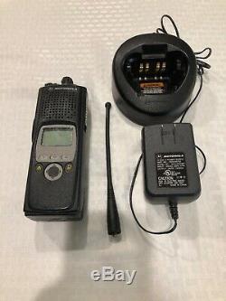 Motorola XTS 5000 Model II 700-800 MHz Two Way Radio H18UCF9PW6AN
